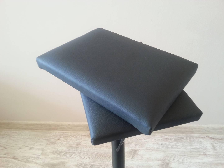 Poduszka 30x21 cm do podłokietnika lub stojaka kosmetycznego