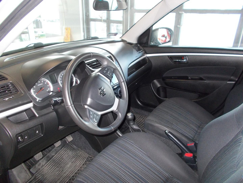 Suzuki Swift 2016r. 1200cm3 94KM 108000km benzyna