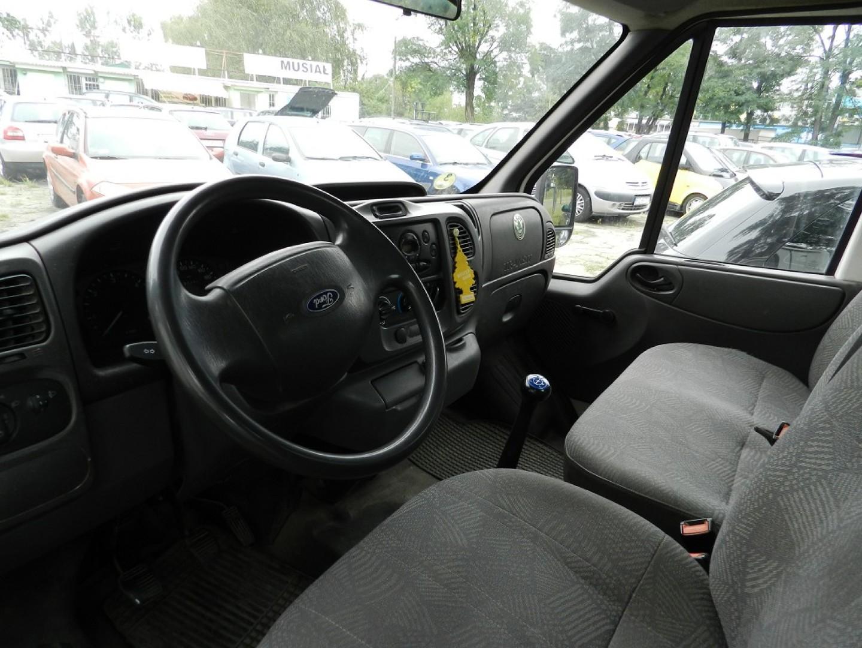 Ford Transit 2000r. 2402cm3 88KM 177391km olej napędowy (diesel)