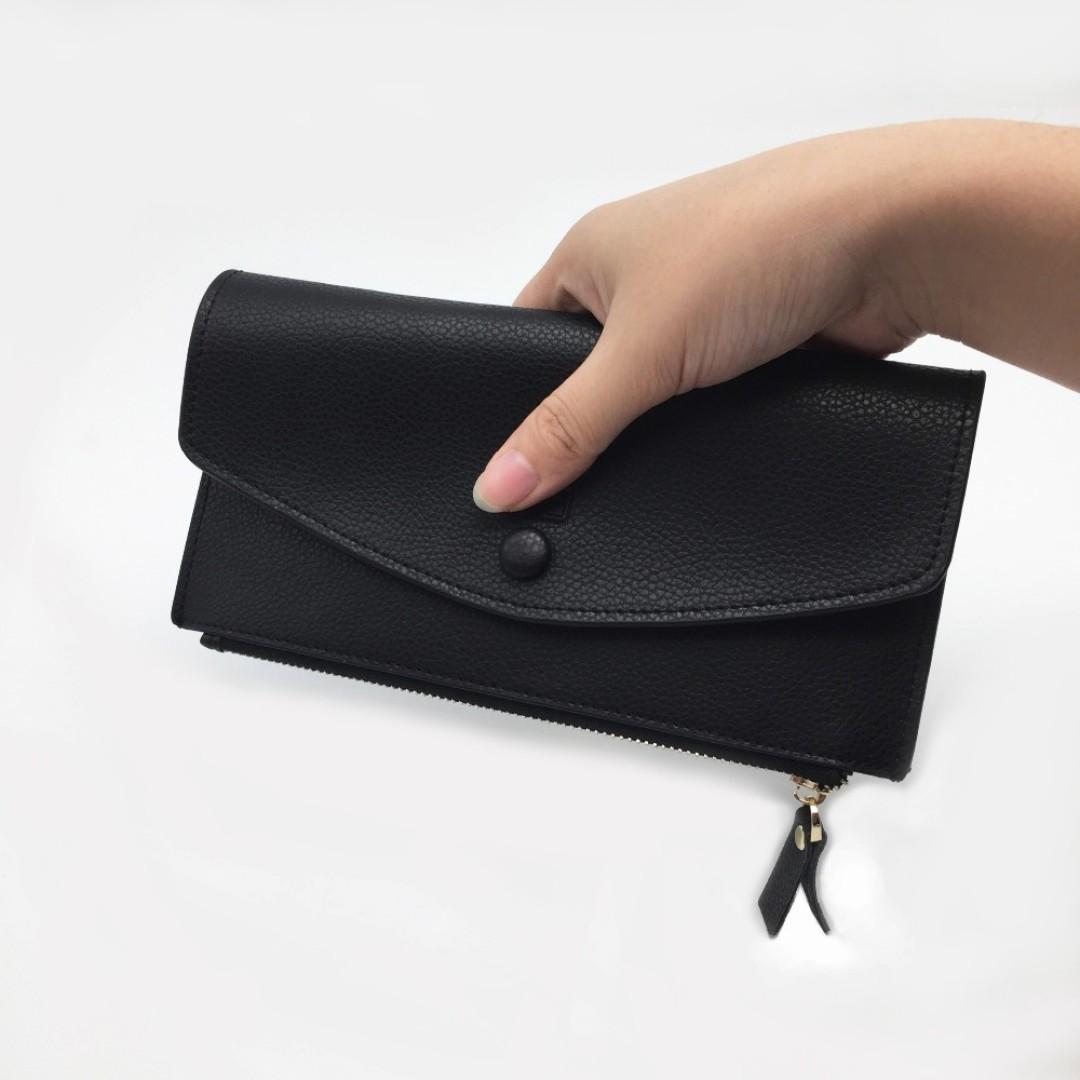 Elegancki portfel damski a