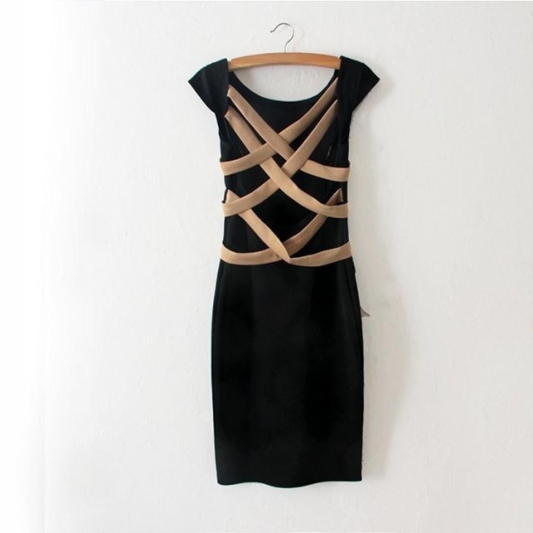 HIT Sukienka czarna dopasowana odkryte plecy L 40