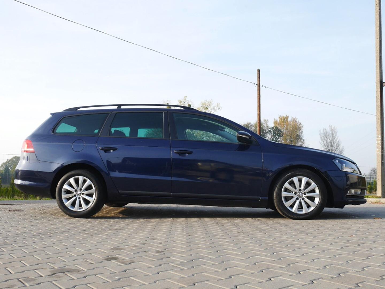 Volkswagen Passat 2011r. 1600cm3 105KM 119000km olej napędowy (diesel)