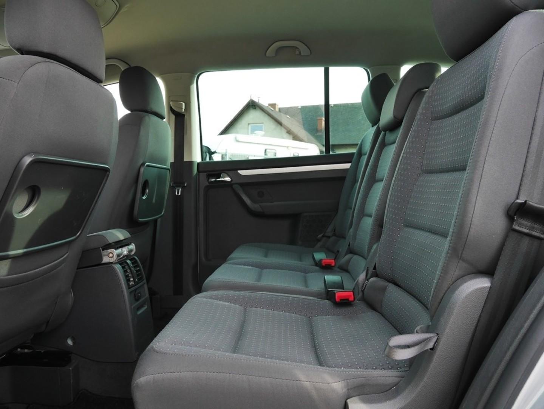 Volkswagen Touran 2005r. 2000cm3 140KM 167000km olej napędowy (diesel)