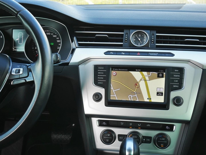Volkswagen Passat 2015r. 2000cm3 150KM 219000km olej napędowy (diesel)