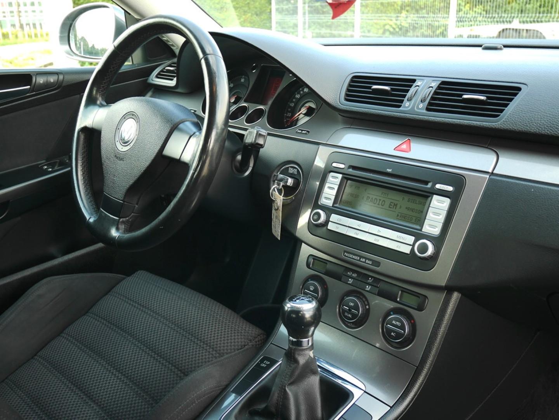 Volkswagen Passat 2007r. 1900cm3 105KM 175000km olej napędowy (diesel)
