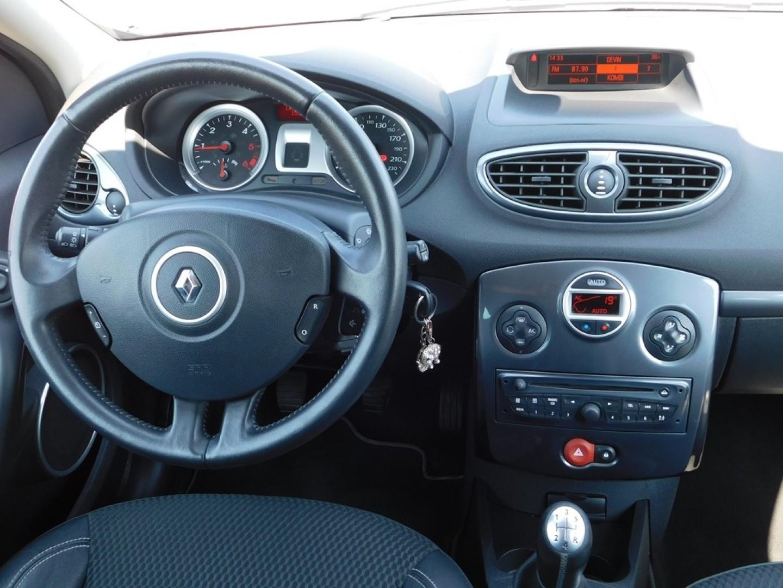 Renault Clio 2009r. 1500cm3 86KM 122000km olej napędowy (diesel)