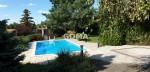 Sadul, duży wolnostojący dom, ogród z basenem